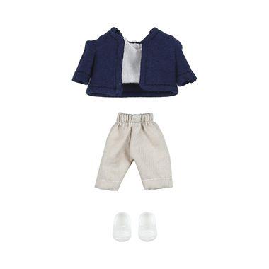 Saco-Azul-Playera-Blanca-Pantalones-Kaki-